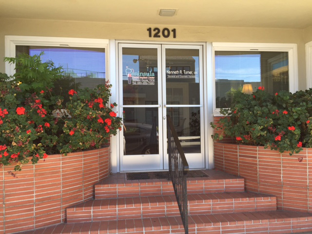 Peninsula Dental Implant Center - Office front